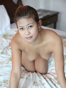 Sexy Filipina Babe Shows Her Ass Pussy and Boobs