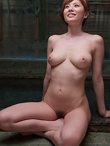 Nude Figure Yuma Asami Takes Sexy Bath by Soap