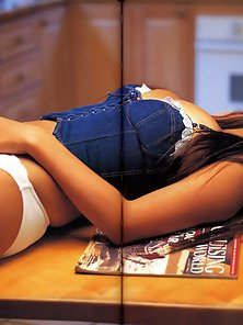 On Floor Hottest Asian Porn Star Showing Her Figure