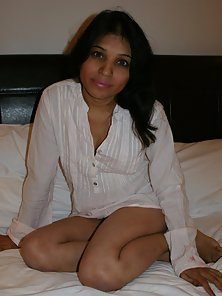 Stunning Horny Babe Kavya Exposing Her Bare Body in Various Poses