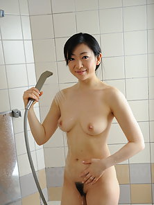 Pale and hot Emiko Koike shows her hot solo showering session to cam