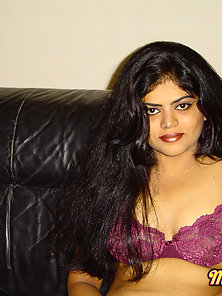 Sexy Indian Babe Neha in Favorite Bra and Strips off For Showing Boobs