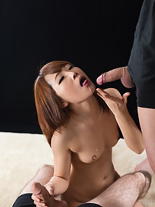She gets the biggest load of her life in her mouth after sucking dick