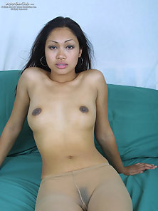 Naughty Babe Lee Serey Spreads Her Pussy on Bed