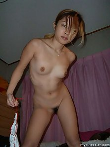 Naughty Asian Bitch Exposes Her Nipples and Spread Position Pussy for Sharing