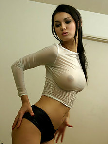 Stunning Brunette Babe Maria Ozawa Gets Fingered Hard By Her Hunky Lover